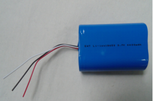 3.7V 4.4Ah li-ion battery